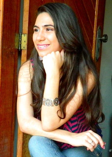 Juliana leite look faculdade escola maquiagem e penteado simples 013