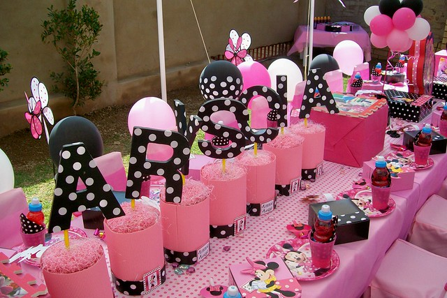 """""""Pink & Black Minnie Mouse Party"""" 