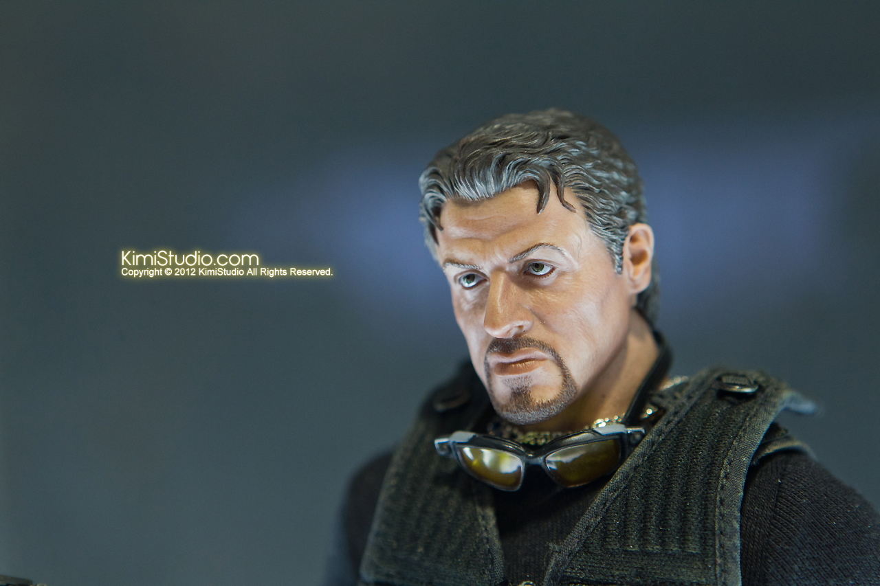 2011.11.12 HOT TOYS-027