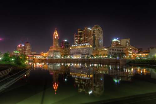 skyline downtown columbusohio nightview richstreetbridge