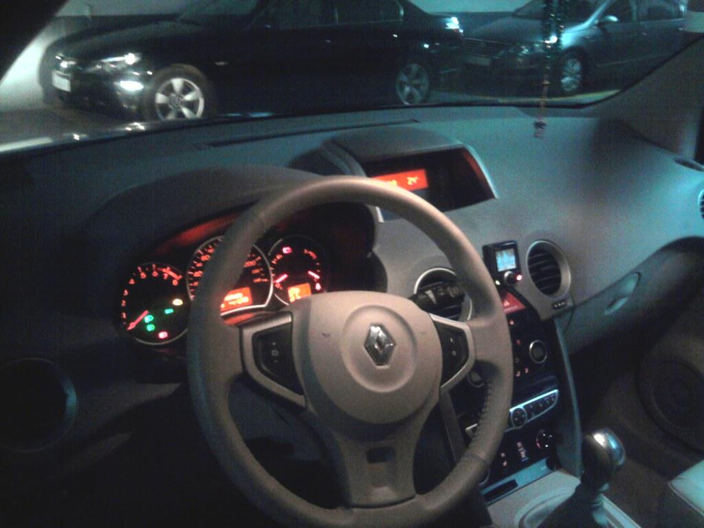 [Goa] Renault Koleos 2.5L 16v 170chx Privilège  7157322936_fc50e64645_b