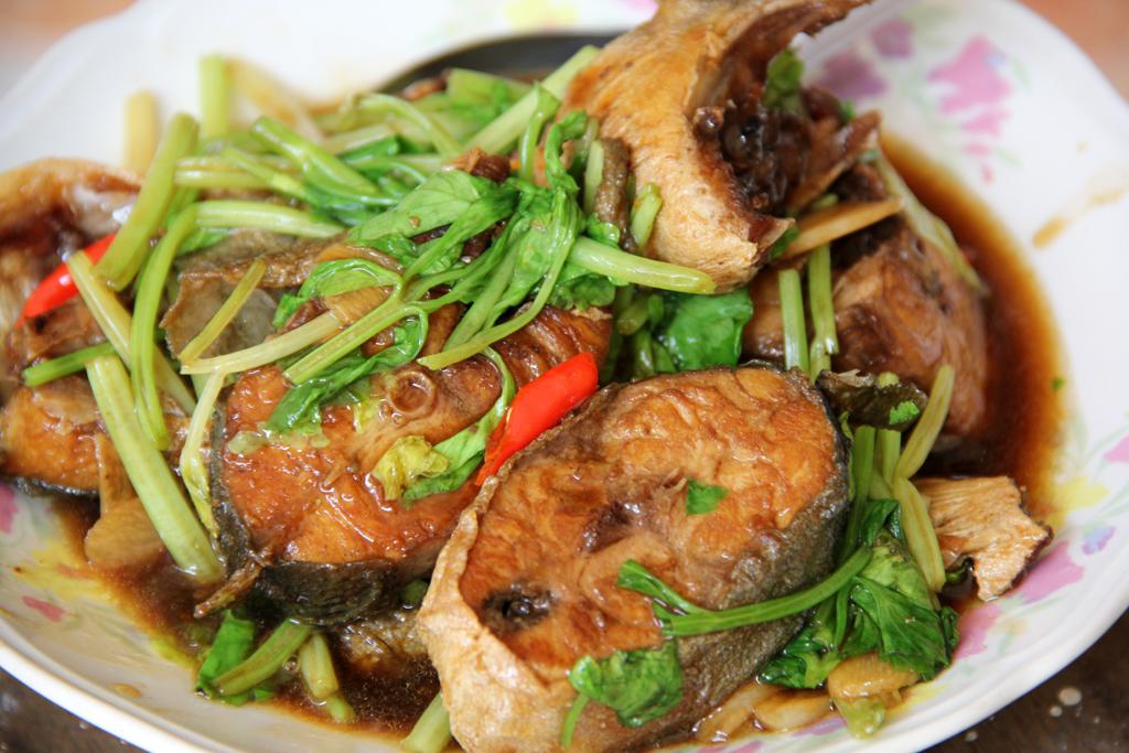 Pad Pla Keun Chai