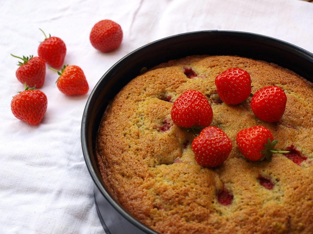 Erdbeer-Pistazien-Kuchen