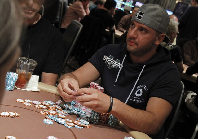 3882 Michael Mizrachi Doubles Thru Hafiz Khan