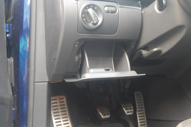 OEM Dash Cubby Open