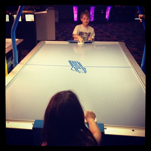 Air hockey @crackerjax