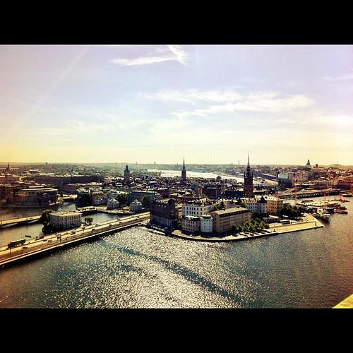 登高遠眺舊城