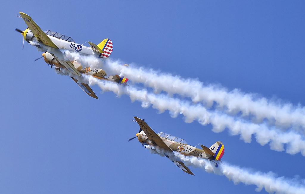 AeroNautic Show Surduc 2012 - Poze 7521270294_e7aa869238_b