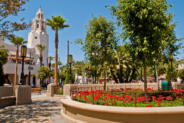 Carthay Circle Theatre, Buena Vista Street