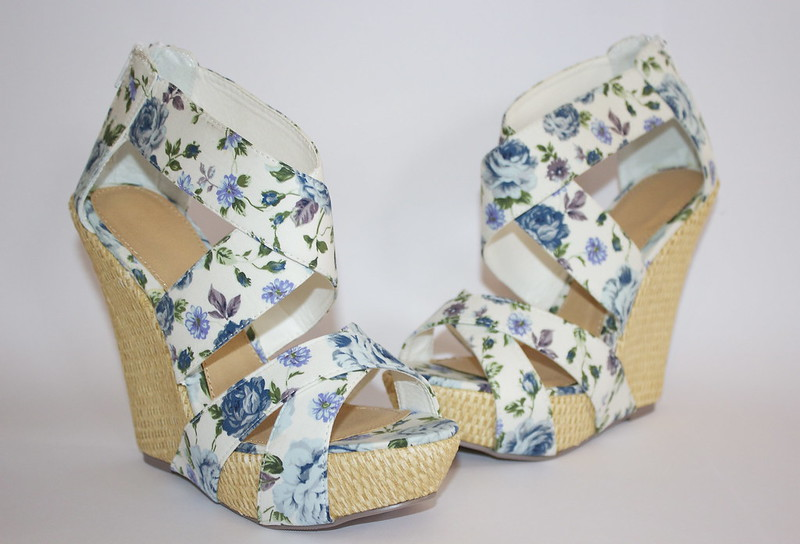 So You Shoes wedges