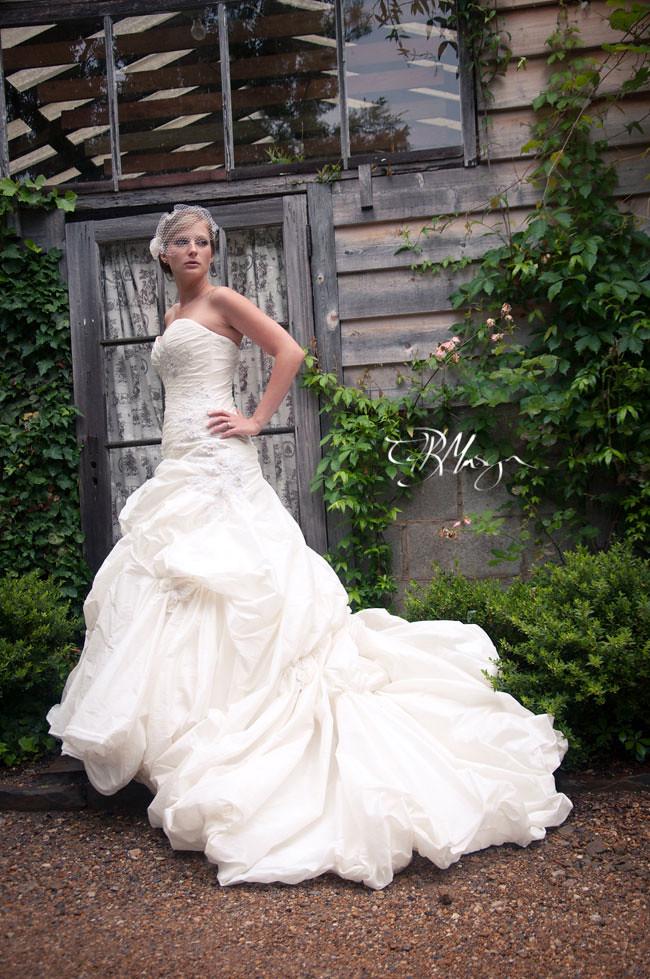 BrideDoorFull