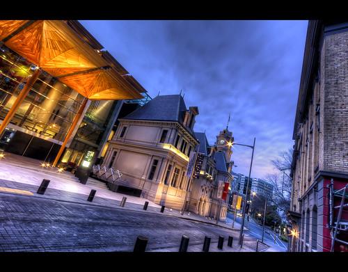 city longexposure blue newzealand urban green landscape photography dawn cityscape bluesky auckland nz bluehour aotearoa hdr hdri canonefs1022mmf3545usm wellesleystreet photomatix aucklandartgallery kitchenerstreet eos550d slightlypearshaped slightlypearshapedcom