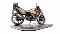 KTM 950 Adventure (motorcycle sculpture)