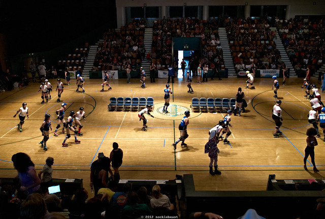 the Santa Cruz Civic Auditorium as a venue for roller derby