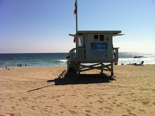 zuma beach :: lifeguard tower