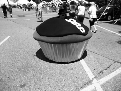 Gentleman Cupcake Cart