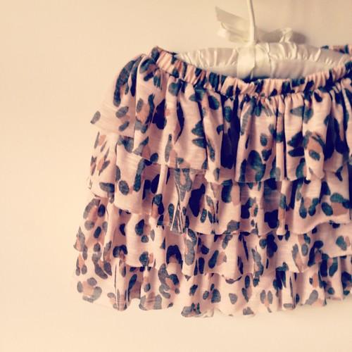 Minifaldas   spp.  Sweet Pink Print by Marta Romero