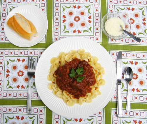 Estofado de carne | Beef Ragu by katiemetz, on Flickr