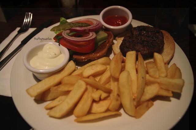 Burger at Henrys bar London