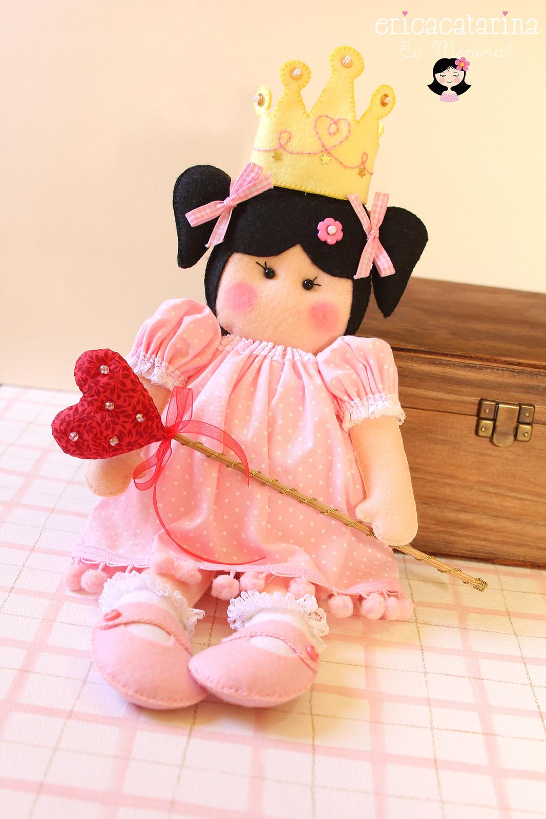 Medida Da Boneca Princesa  31cm  Sem A Coroa