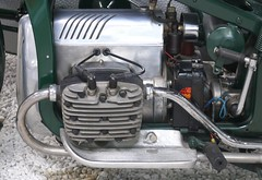 Zündapp K800 Gespann green engine