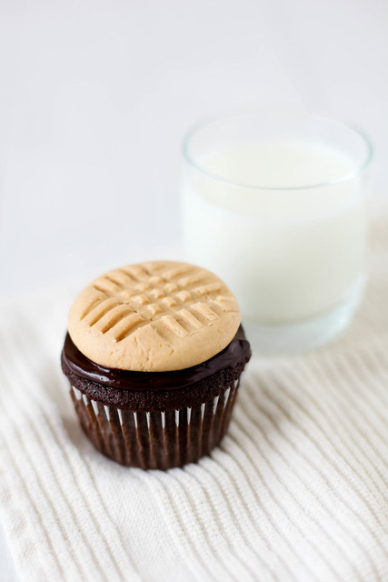 Chocolate Cupcakes with Peanut Butter Cookie Frosting – Sweet Savory Life Cookbook {Giveaway}