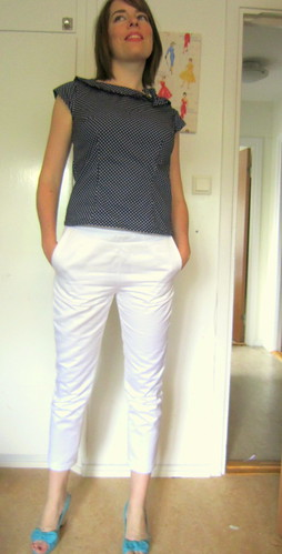 The white trousers from BurdaStyle 09-20011-107