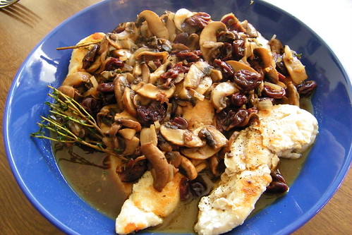 Chicken and Mushrooms with Cherry Sauce