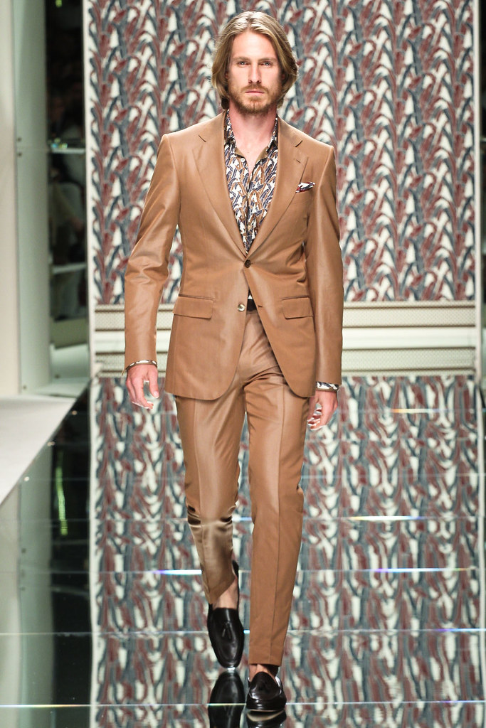 SS13 Milan Ermenegildo Zegna001_Ryan Burns(VOGUE)