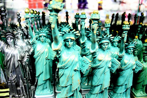 new york city 42nd street souvenir shop statues of liberty
