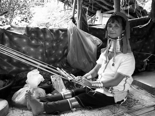A Karen woman and her loom