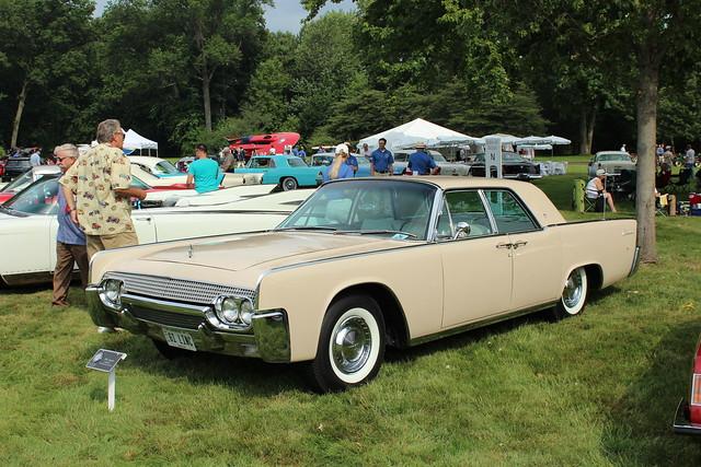 1961 lincoln continental 4 door sedan flickr photo sharing. Black Bedroom Furniture Sets. Home Design Ideas