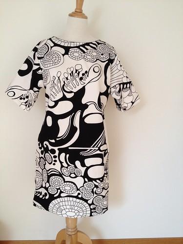 04.Jul.12 Blouson Dress using IKEA fabric
