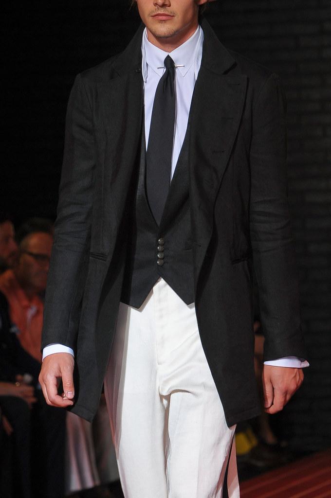Rob Moore3378_SS13 Milan John Varvatos(fashionising.com)