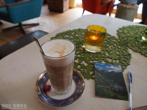 a cafe in Geiranger