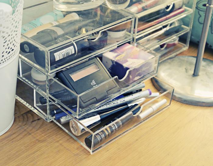 makeup storage 3