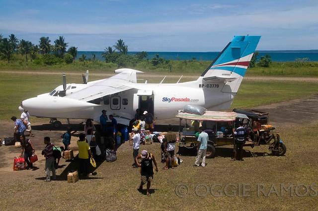 Maconacon SkyPasada Unloading