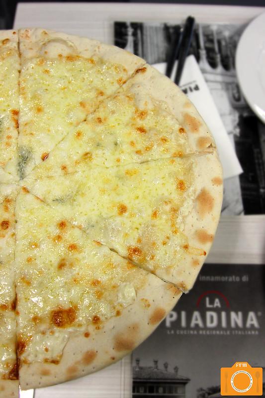 La Piadina La Pizza al Quattro Formaggi 2