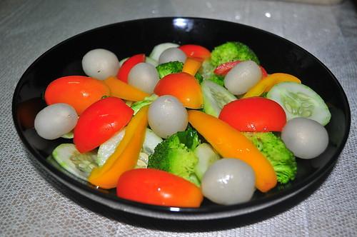 FRUIT VEGGIE SALAD