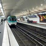 Metro Paris - Brochant