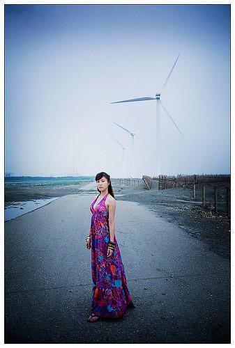 9月8日徵攝影師7人 蜜雪兒 夢幻溪流夕照170cm50kq