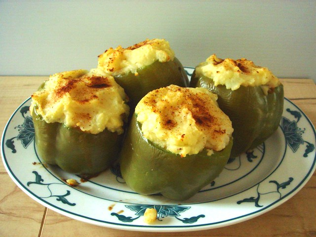 Lentil Shepherd's Pie Stuffed Peppers