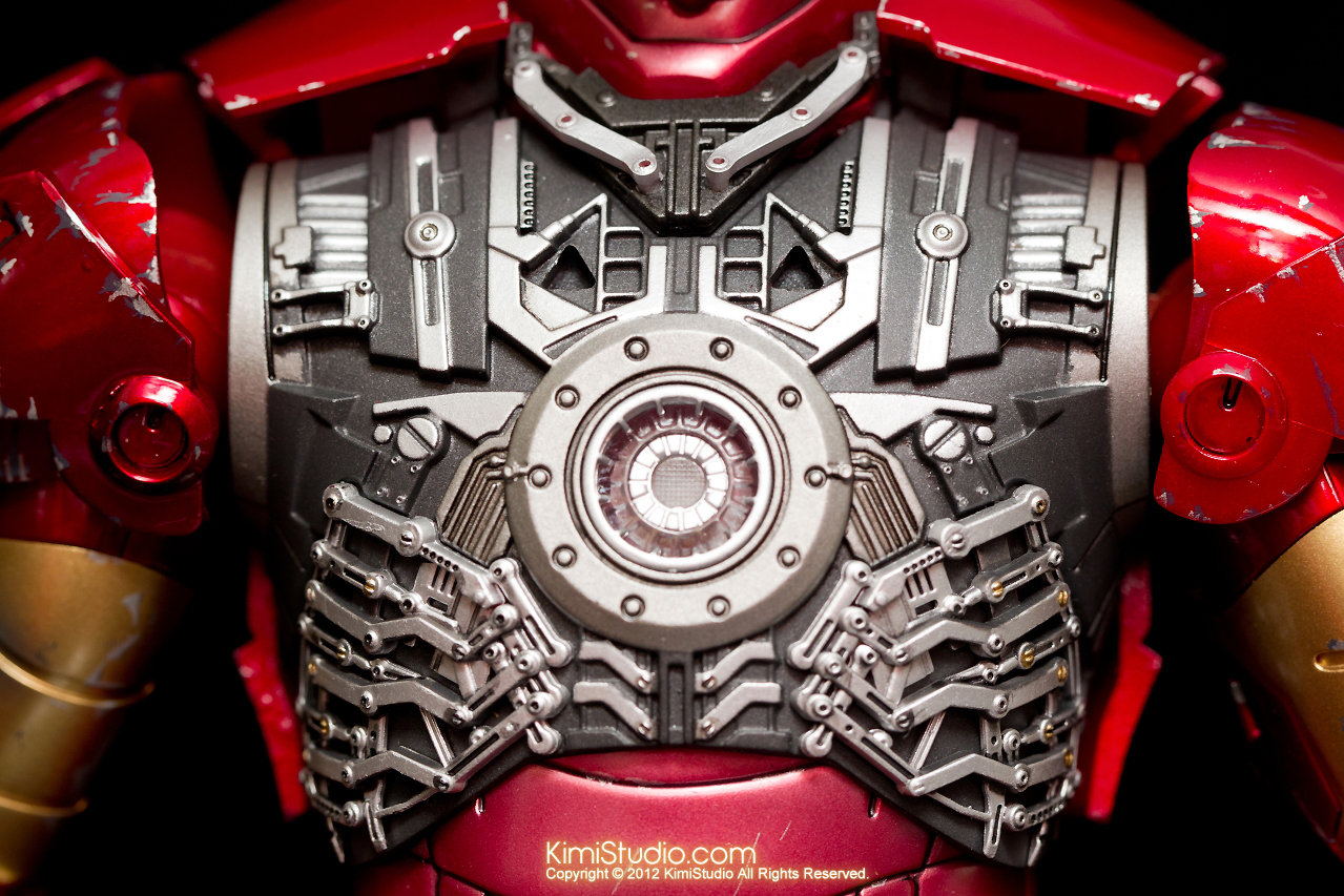 2012.09.13 MMS110 Hot Toys Iron Man Mark III 戰損-021
