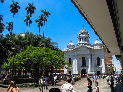 Catedral San Pedro-Cali.jpg by FernandoRueda