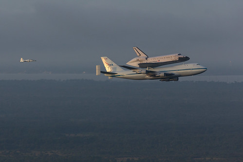 Endeavour Ferry Flight (201209190022HQ)