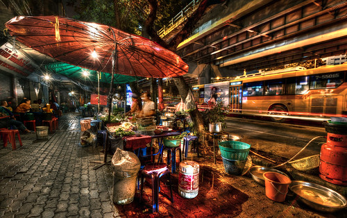 life street city light red favorite color art yellow night nikon flickr nightshot performance streetlife best machinery master elite thai ultrawide hdr electrics d800 excellence fav10 fav25 mygearandme mygearandmepremium mygearandmebronze mygearandmesilver mygearandmegold mygearandmeplatinum flickrstruereflection2