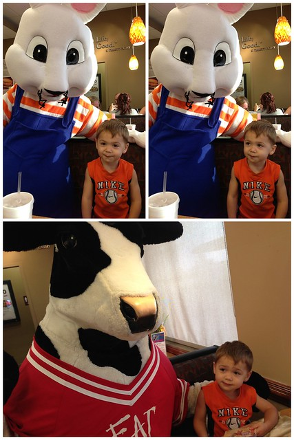 Max & Ruby were at ChickfilA tonight! Emma gave 'em five, but wanted no part of pics! Aaron was front & center, though!