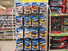 2012 Hotwheels Case L At Stores