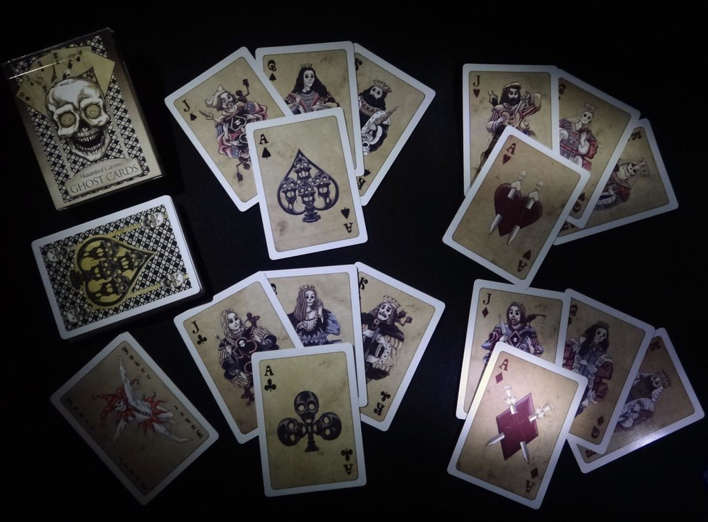 Full Moon Haunted Casino playing cards