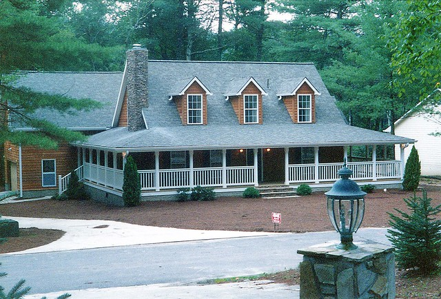 Modular home rustic ridge modular home for Two story farmhouse oak park